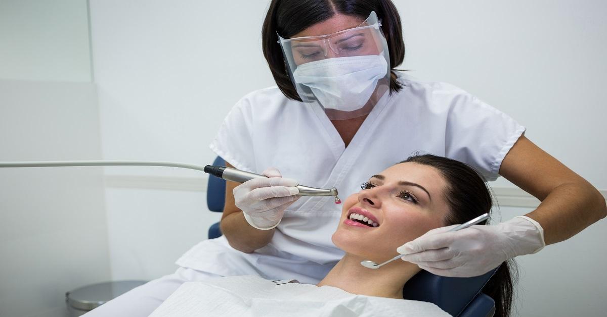 4 razones del porque los Odontólogos deben conocer la Realidad Actual de La Odontología.